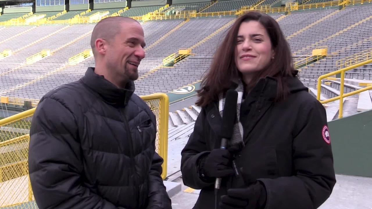 PackersNews.com reporters Jim Owczarski and Olivia Reiner make their predictions ahead of Thursday's road game in Seattle.