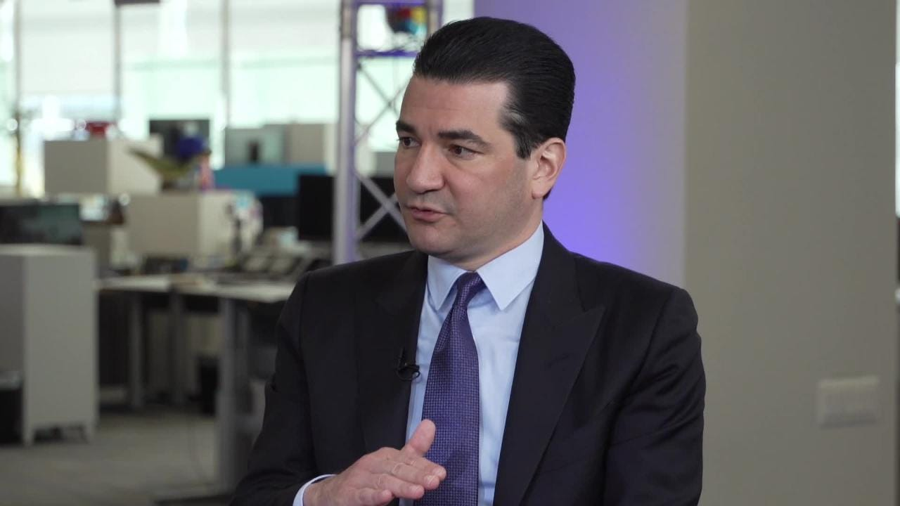 Country experiencing epidemic in youth use of e-cigarettes: FDA chief Scott  Gottlieb