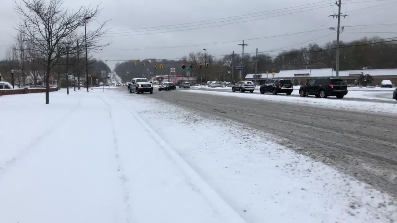 Scenes from Hockessin as snow turns to sleet Thursday afternoon.