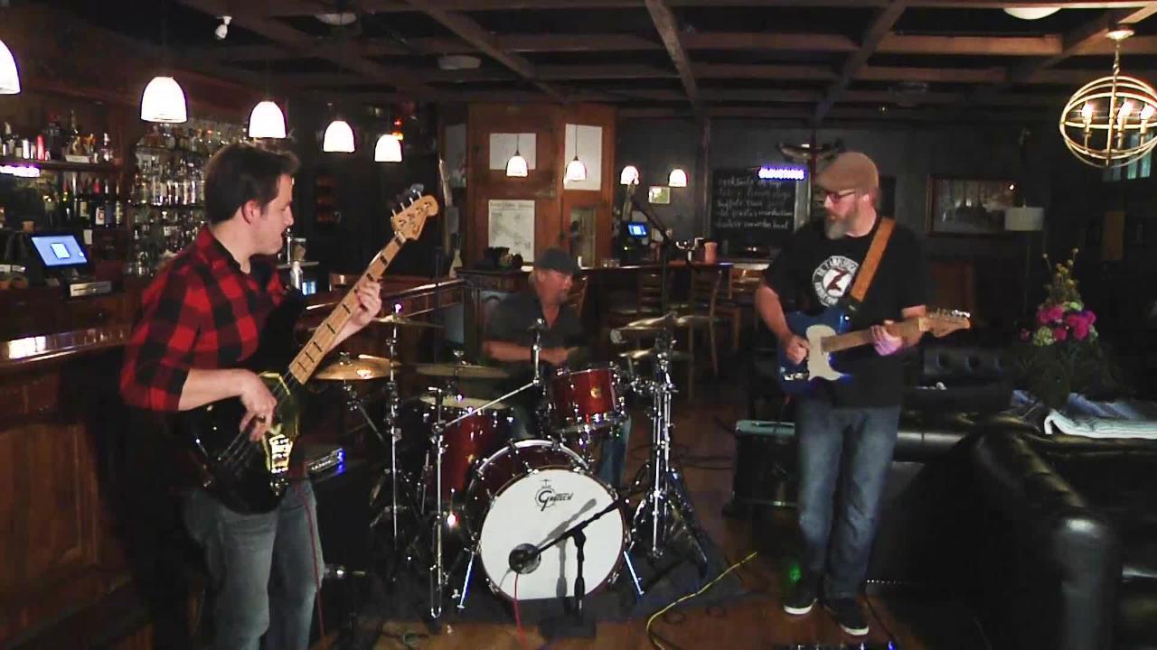 Pocket City Sounds presents Shawn Needham Trio