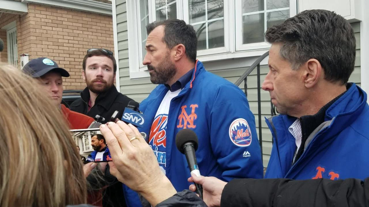 Mickey Callaway on Mets' coaching staff