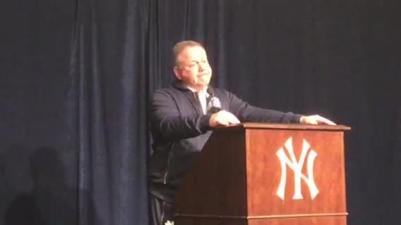 Notre Dame coach Brian Kelly looks ahead to USC after 36-3 win over Syracuse at Yankee Stadium