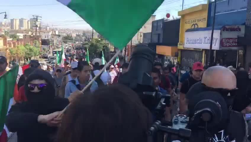 Hundreds of Tijuana residents protested against the presence of the Central American migrant caravan that arrived over the past week.