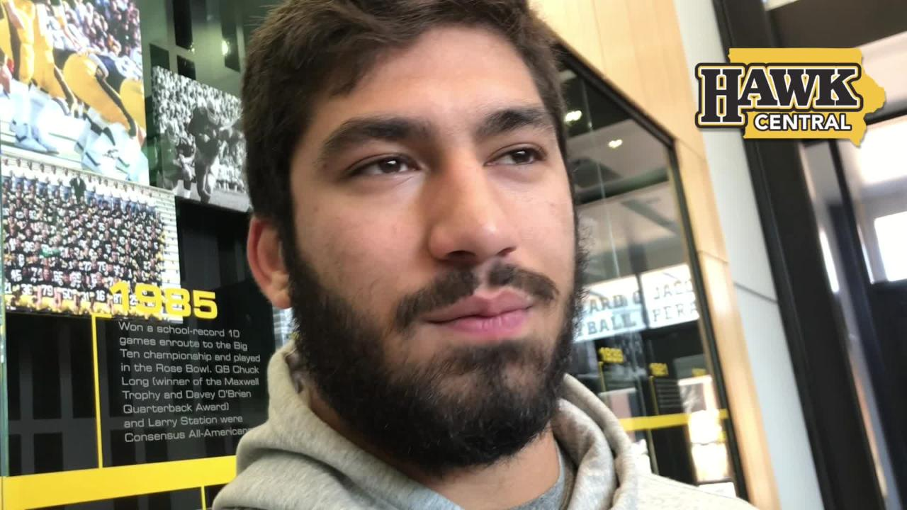 Iowa defensive end A.J. Epenesa explains what he's learned from Parker Hesse