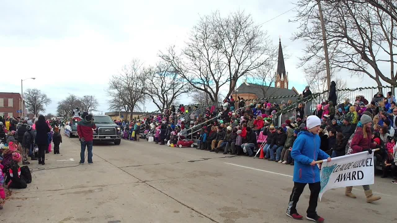 Award winners and highlights from the 35th annual Prevea Green Bay Holiday Parade on Nov. 17, 2018.