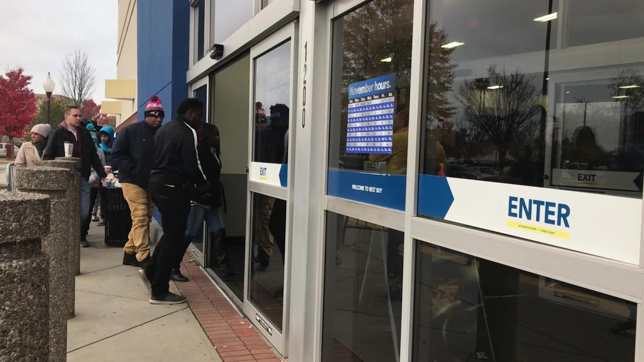 The Best Buy on Woodruff Road opened at 8 a.m. on Black Friday. Here's the line entering the store.
