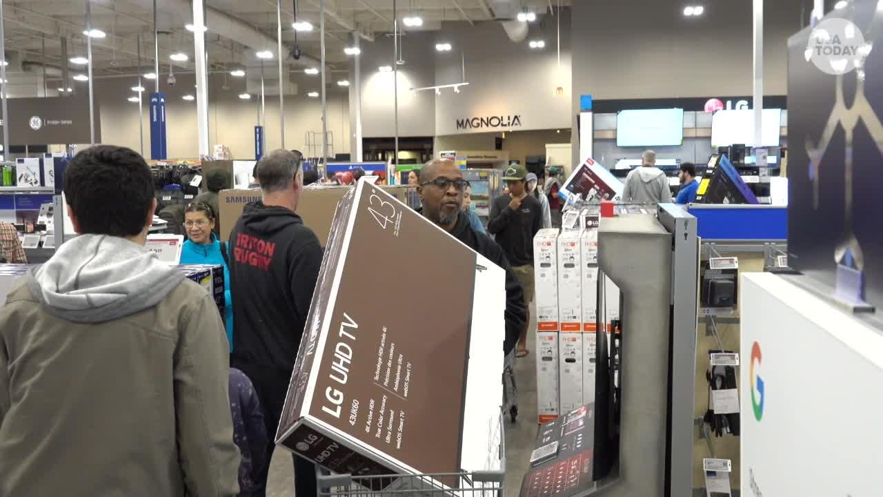 Black Friday: Best Buy shoppers on the hunt for TV bargains