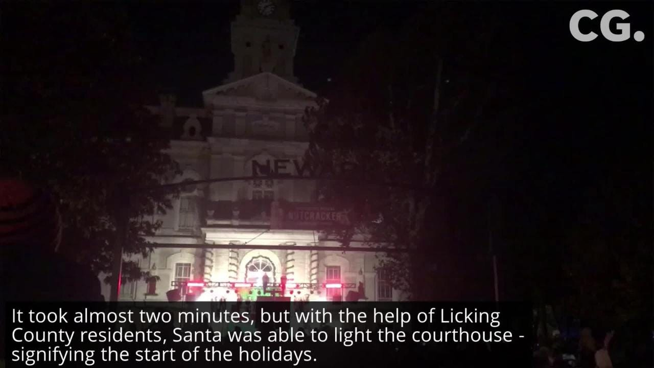 Newark rings in the holiday season with a craft bazaar, visit from Santa, and annual courthouse lighting.