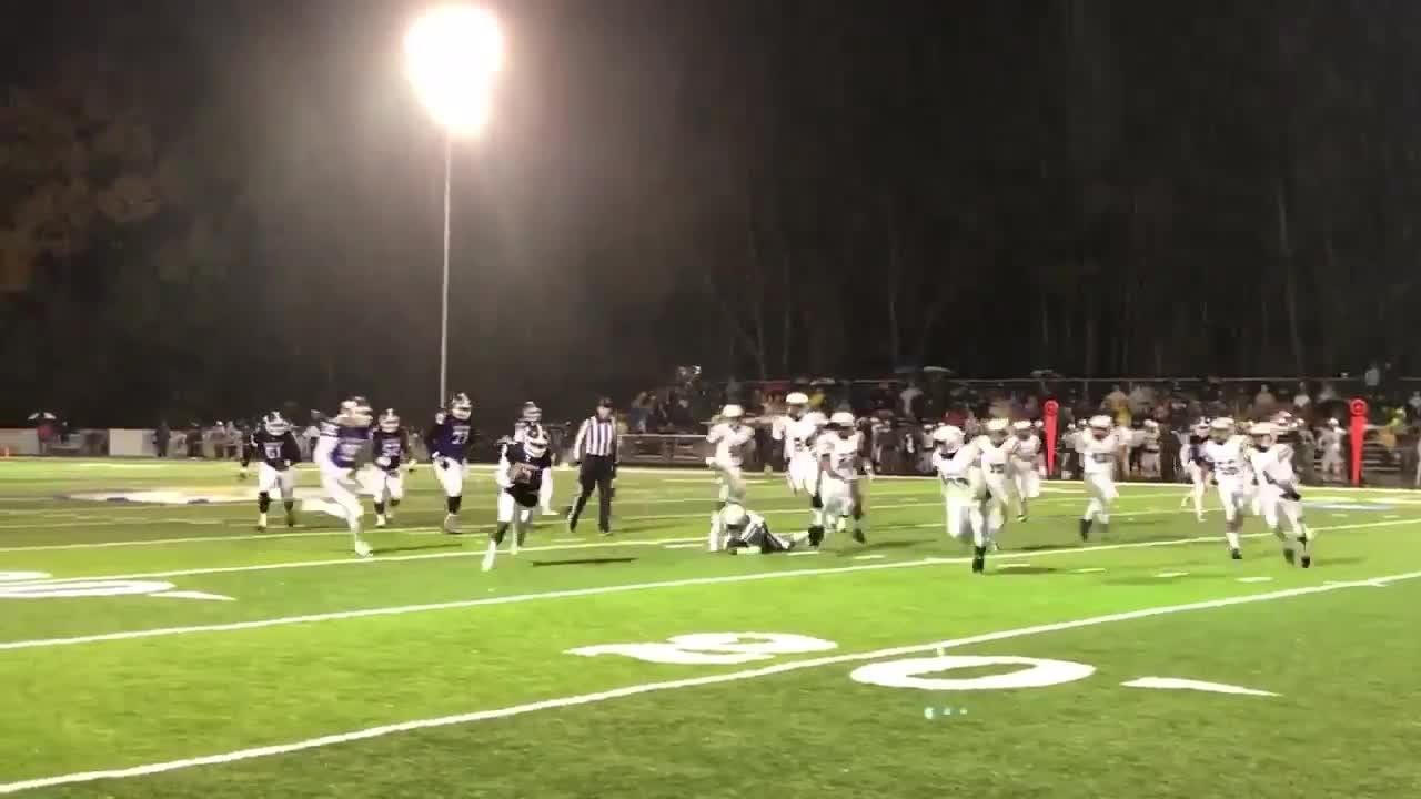 Haywood's Deyondrius Hines broke a 40-yard touchdown run to give Haywood an early 7-0 lead against Springfield in a Class 4A state semifinal.