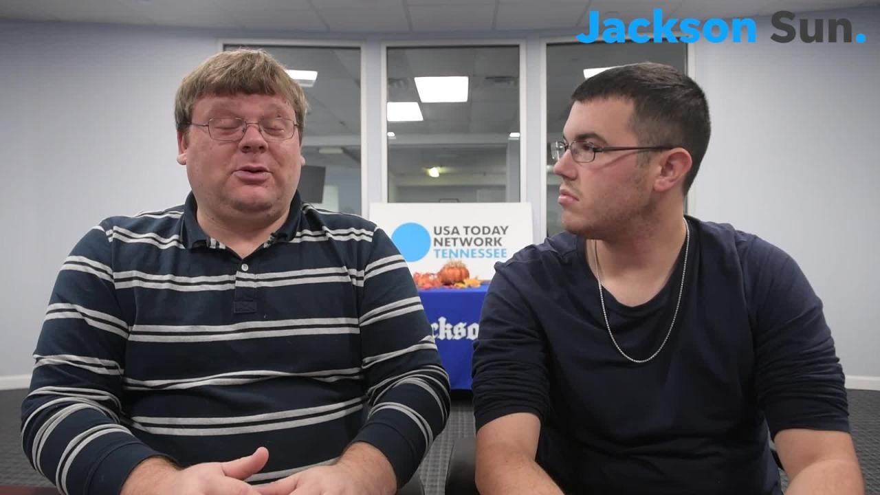 Joe and Michael discuss the TSSAA Class 2A State Championship football game between Trousdale Co. vs. Peabody.