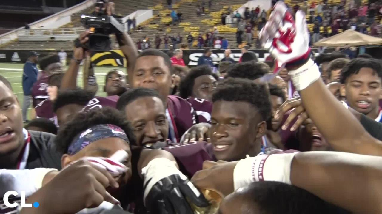 Horn Lake wins it's first 6A state title with a 31-27 win over Oak Grove Friday night.