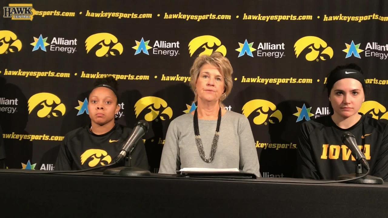 Lisa Bluder, Megan Gustafson break down Iowa's win over Robert Morris