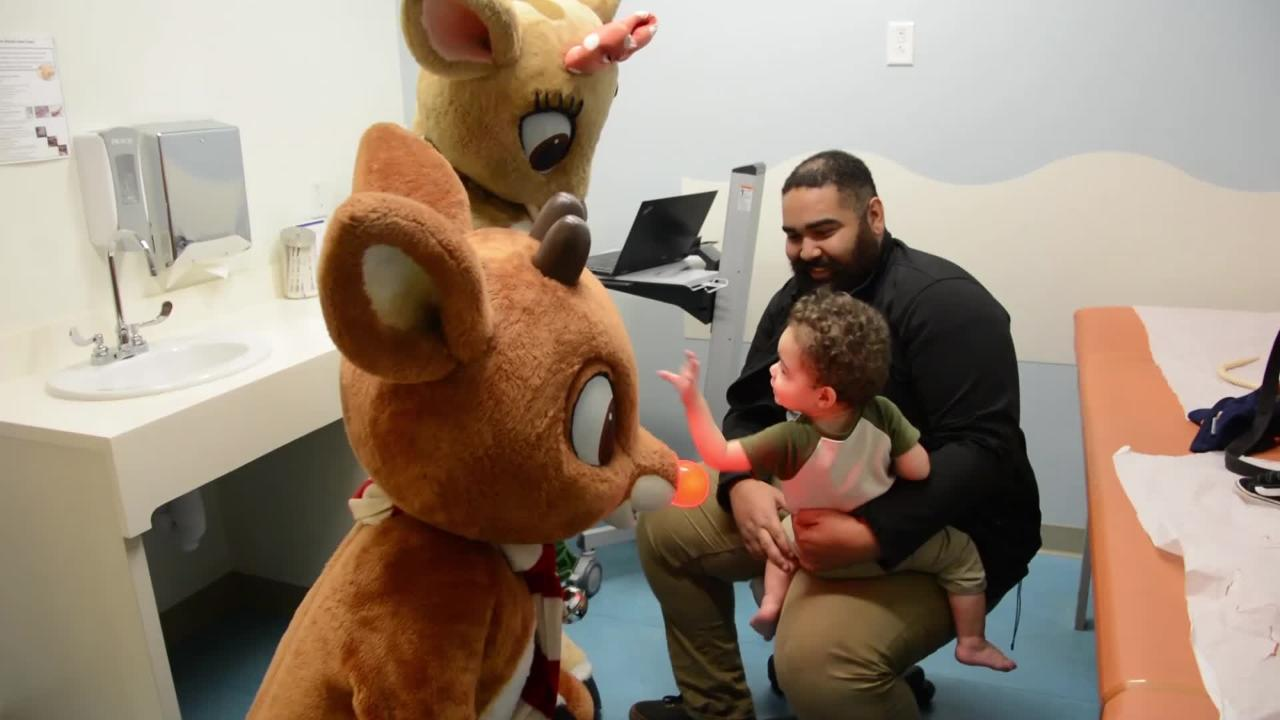 Dollywood holiday characters pay a visit to East Tennessee Children's Hospital