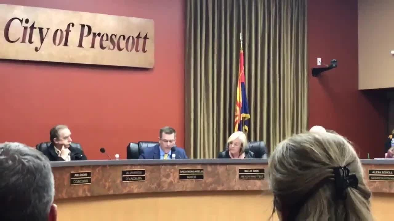 Prescott Mayor Greg Mengarelli reads a statement calling on state Rep. David Stringer to resign from the Arizona Legislature over his racist comments.