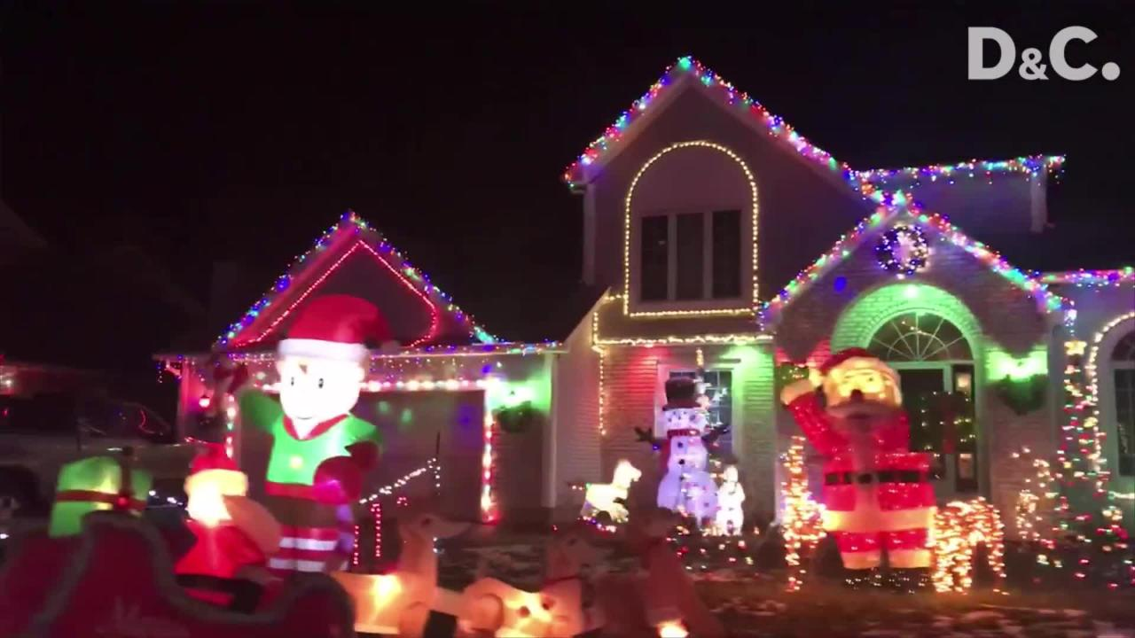 Residents up and down Endicar Drive dek the halls for the holidays!