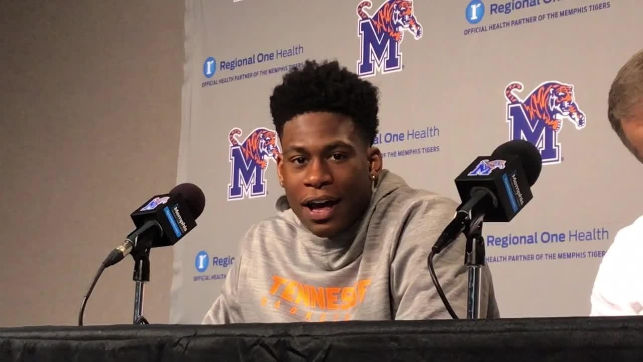 Tennessee senior forward Admiral Schofield had 29 points and 11 rebounds Saturday against Memphis.