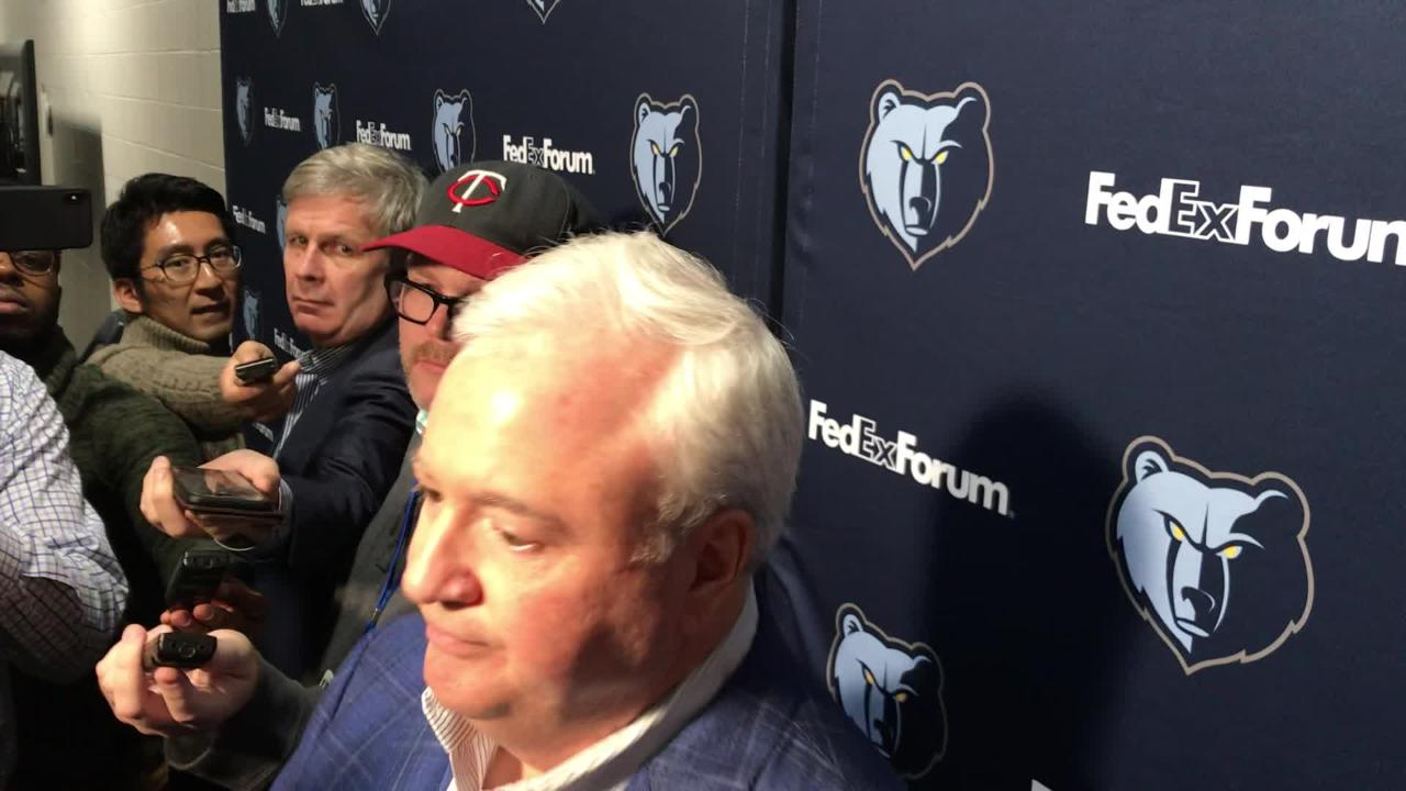 Grizzlies general manager Chris Wallace defended his organization's handling of a wild trade fiasco.