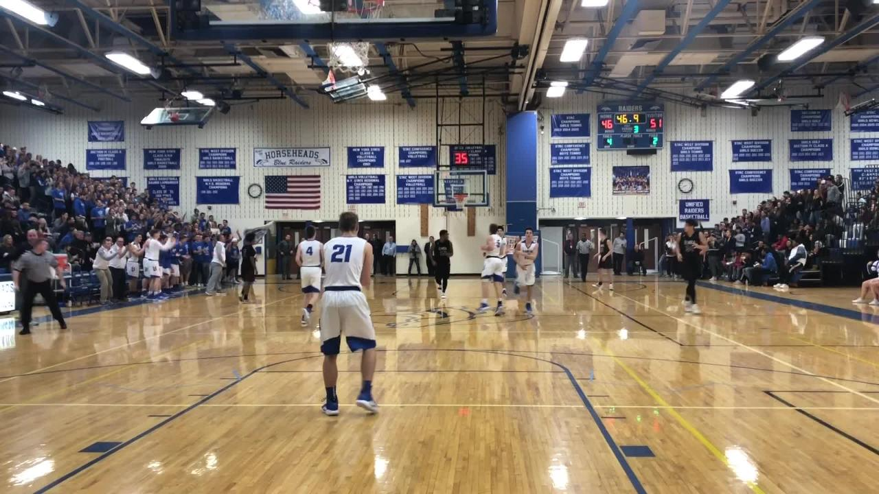 Elmira held on for a 68-65 win over Horseheads in boys basketball Dec. 18, 2018 at Horseheads Middle School.