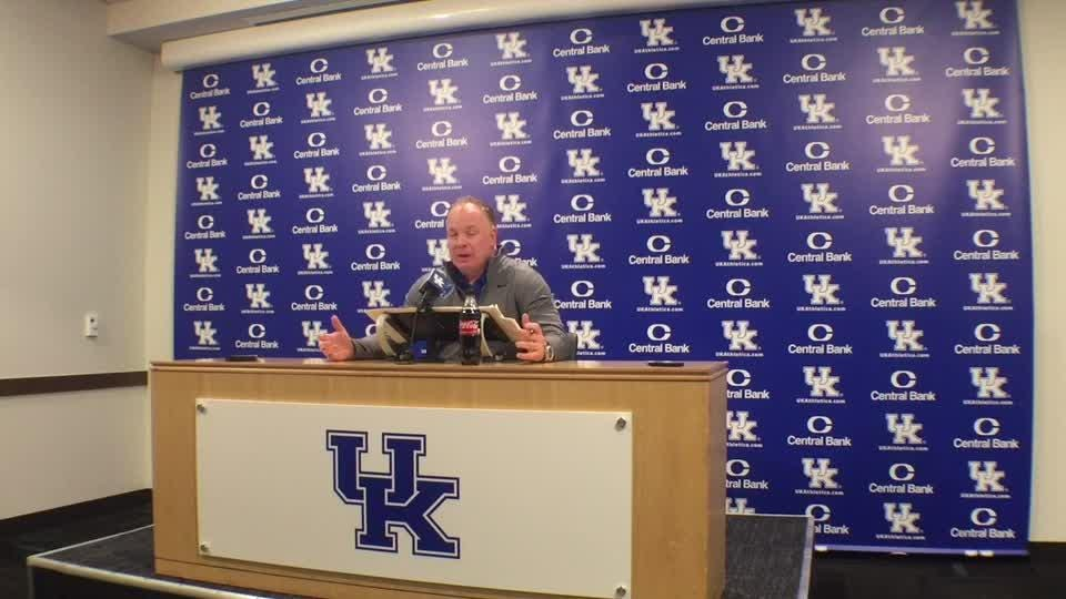 Mark Stoops never worried about J J  Weaver's commitment