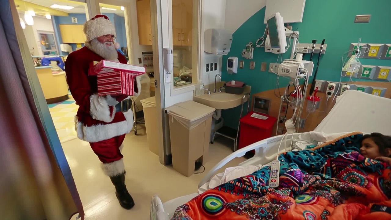 Santa Claus Visits Kids at El Paso Children's Hospital