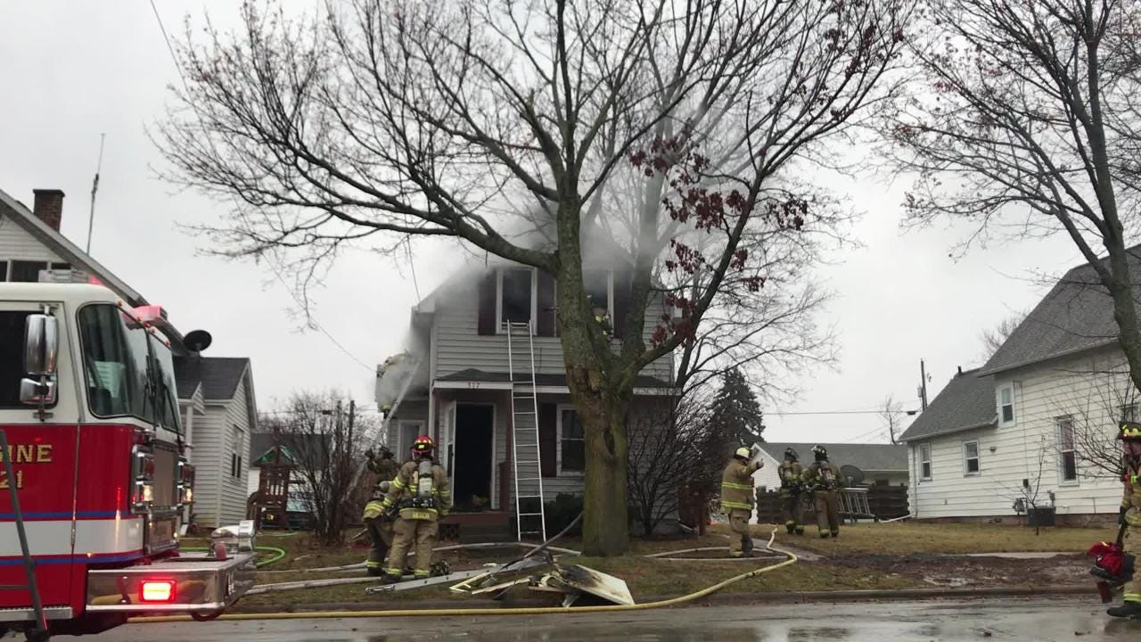 A house fire broke out Thursday morning on West 10th Street in Kaukauna.