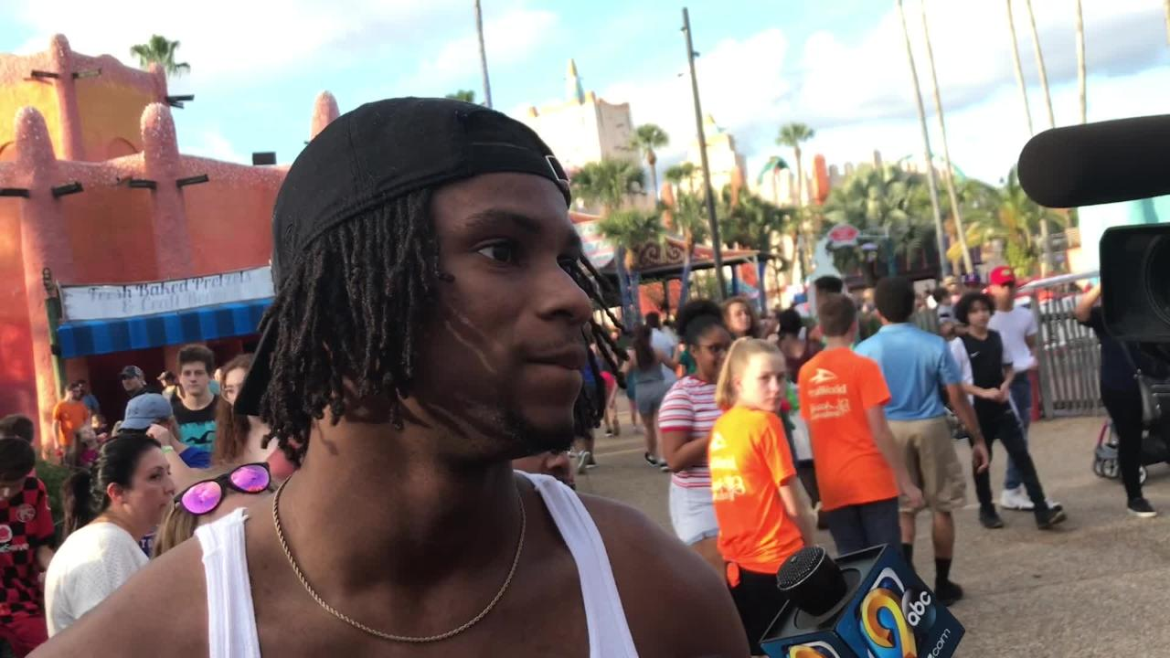 Iowa wide receiver Ihmir Smith-Marsette says teammates Brandon Smith and Devonte Young struggled on amusement park ride. Hear more: