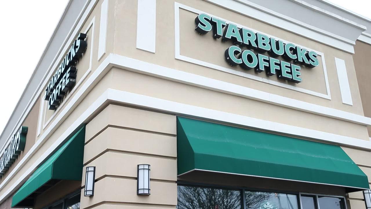 Starbucks Closing Freehold Barnes Noble Store