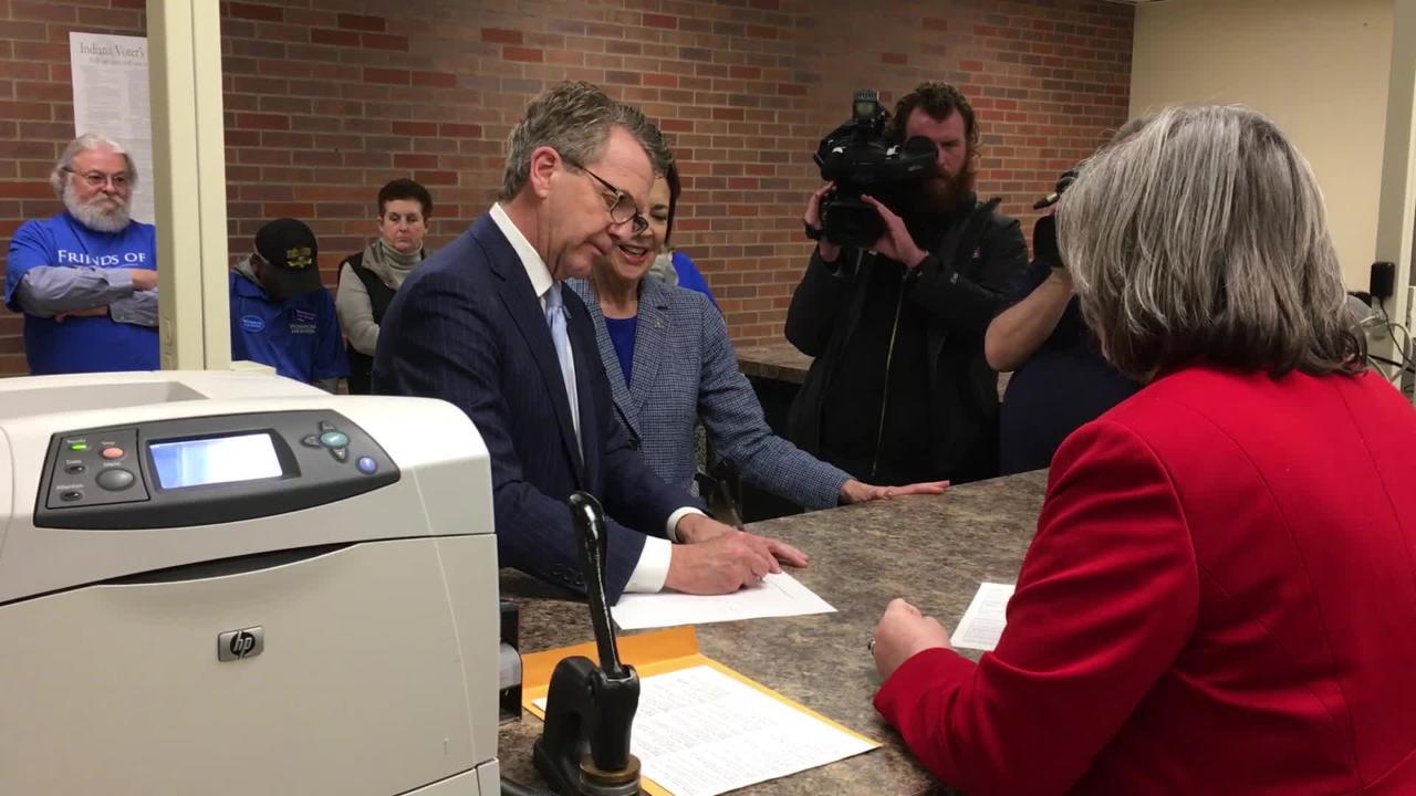 Evansville Mayor Winnecke files for re-election