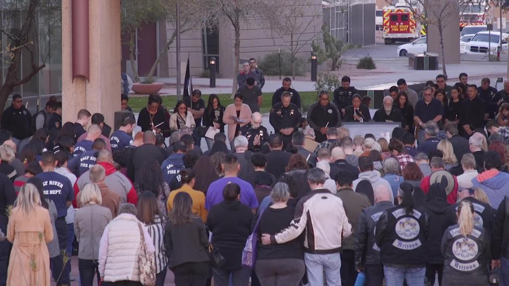 A moment of silence at vigil for Salt River Officer Clayton Townsend