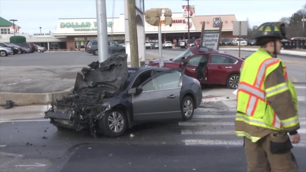RAW VIDEO: Fatal wreck on Silverside Road