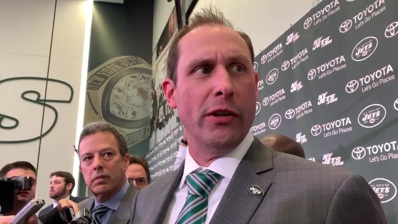 """New York Jets new head coach Adam Gase on what he thinks of rookie quarterback Sam Darnold, saying there """"needs to be a direct line of communication"""" between himself and Darnold."""