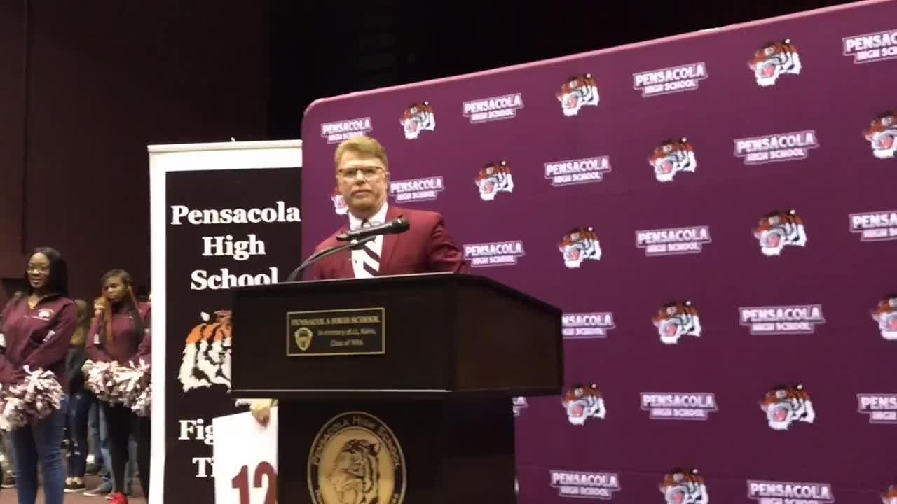 PHS alumnus Todd Leonard named 32nd head coach in school history