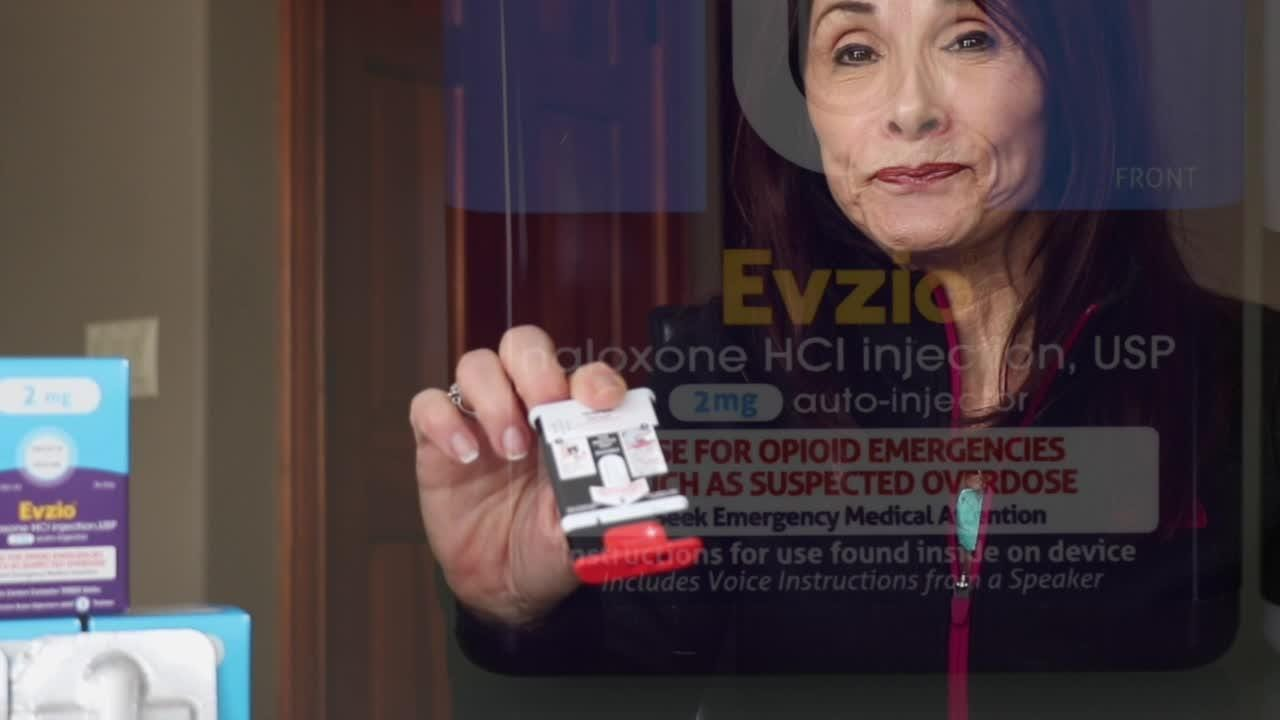 Here's how you can help save the lives of opioid addicts with naloxone