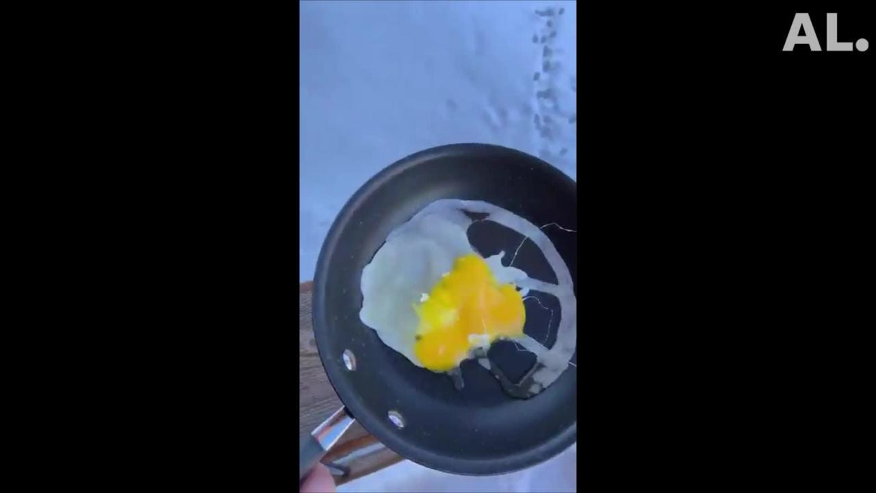 Frozen eggs and boiling water into snow