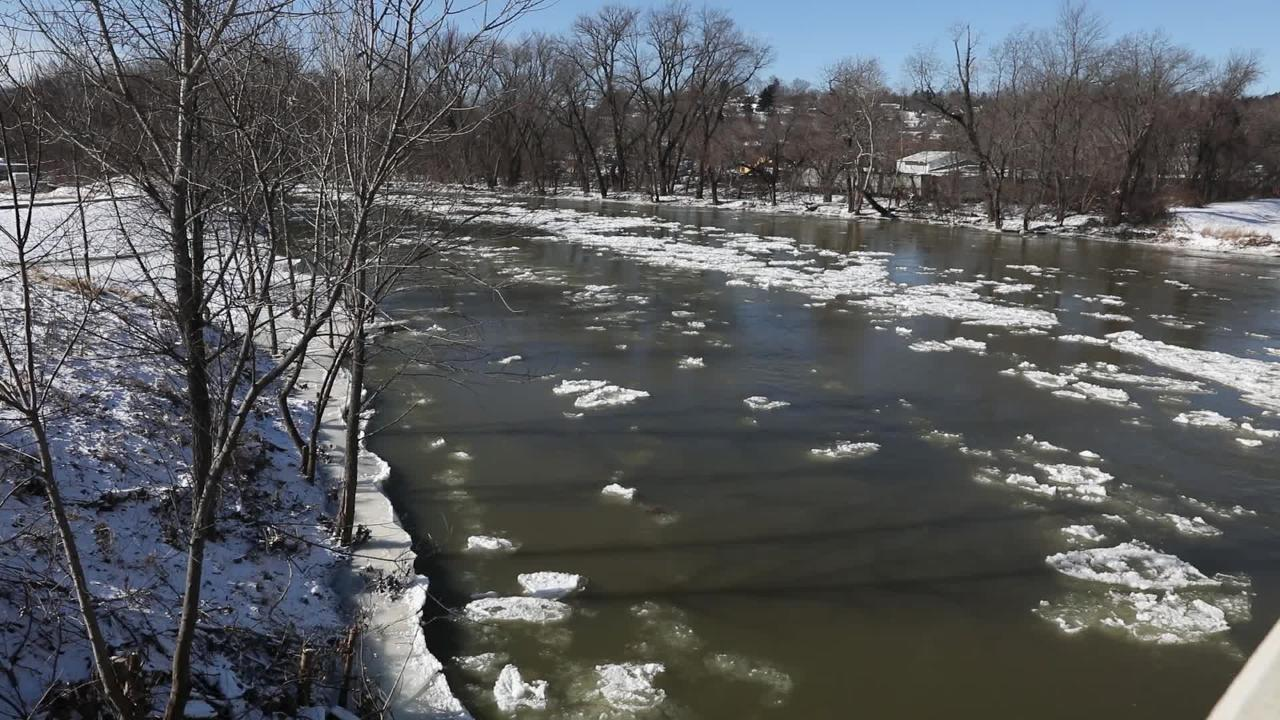 The Icy Tuscarawas in Coshocton