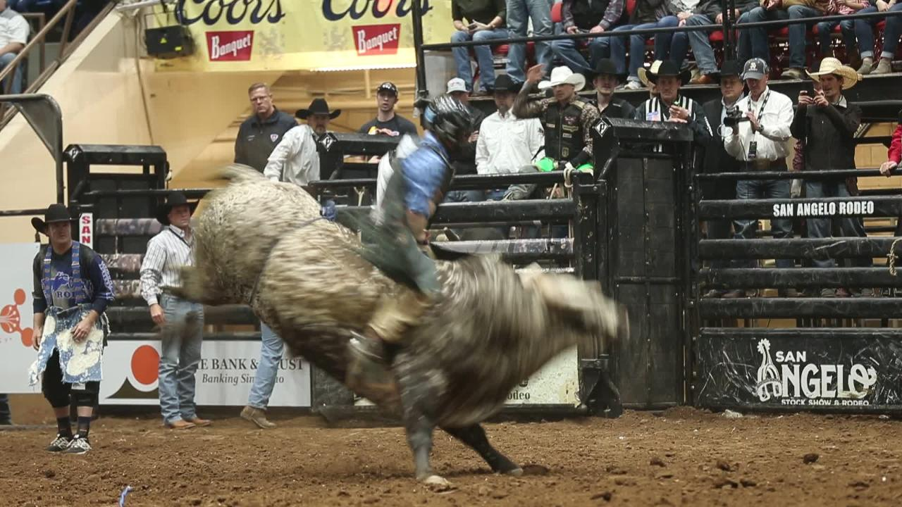 Aaron Williams scores 89 points on bull ride at San Angelo Stock Show & Rodeo