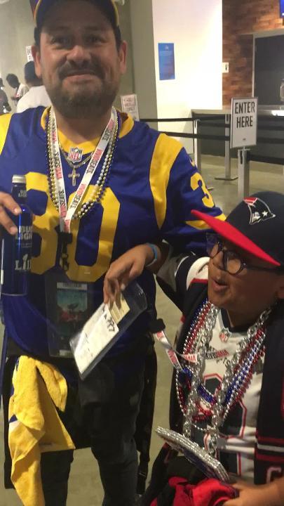 Este aficionado de los Rams le dio a su hijo el mejor regalo de cumpleaños que jamás hubiera imaginado