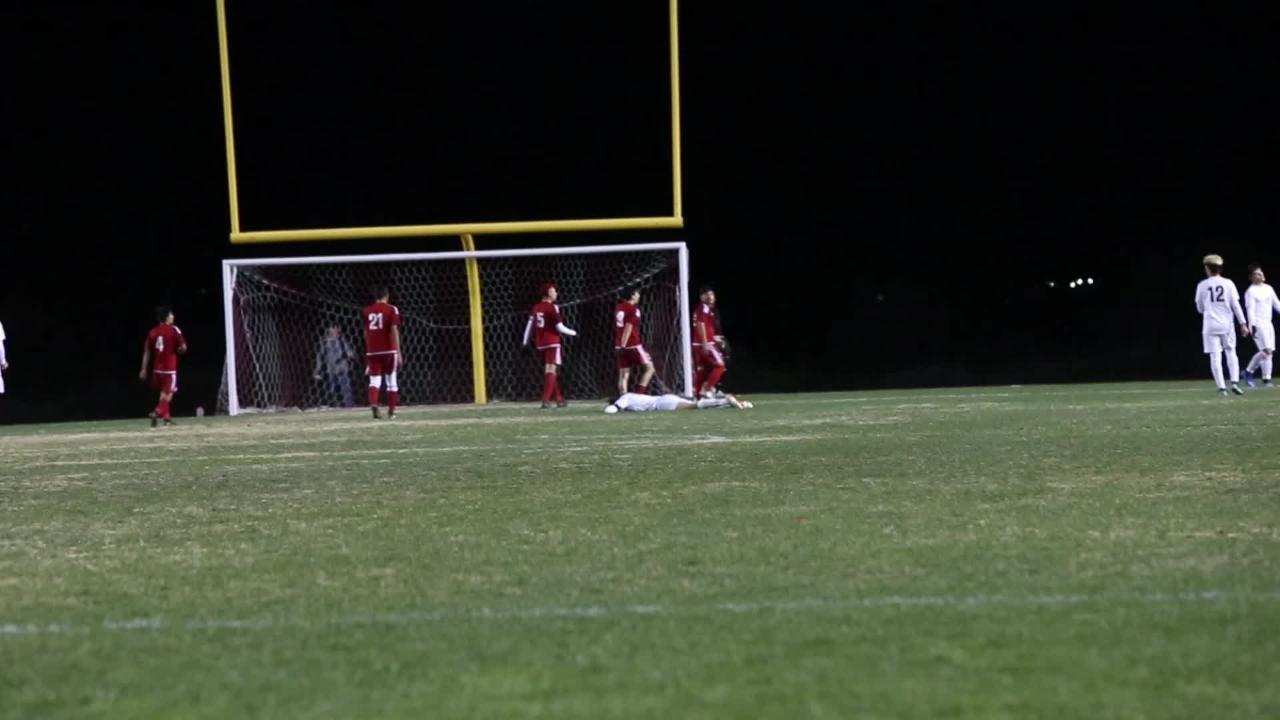 See the highlights from Thursday's Desert Mirage vs La Quinta high school soccer match.