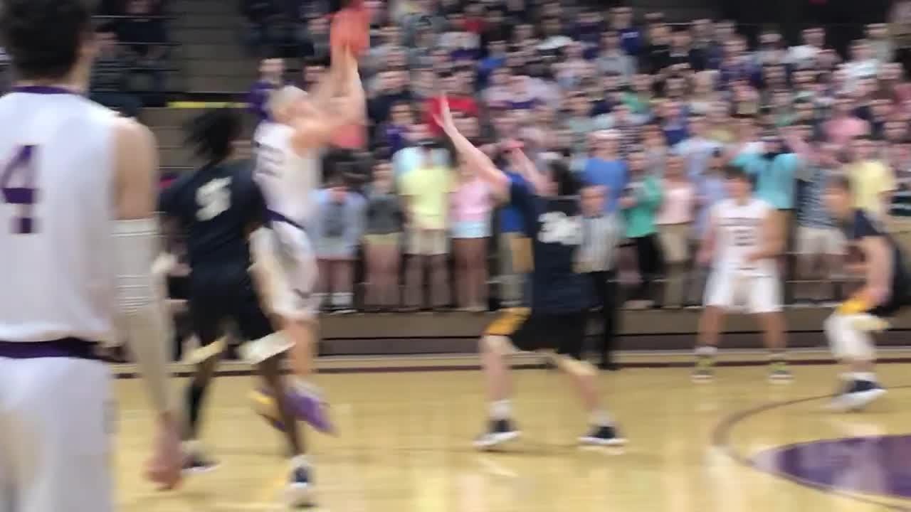 Norwalk survives this final shot for a 46-45 win at Lexington