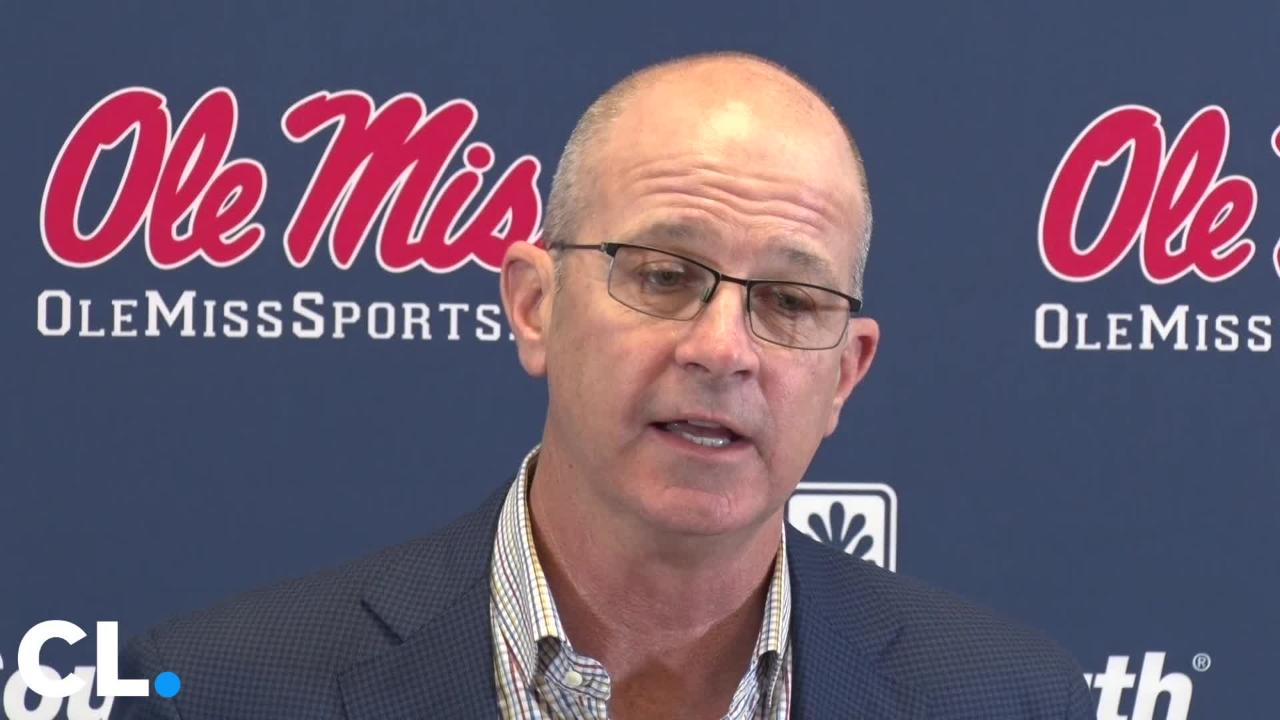 Head Coach Mike Bianco and players discuss the expectations of the team heading into the 2019 baseball season.