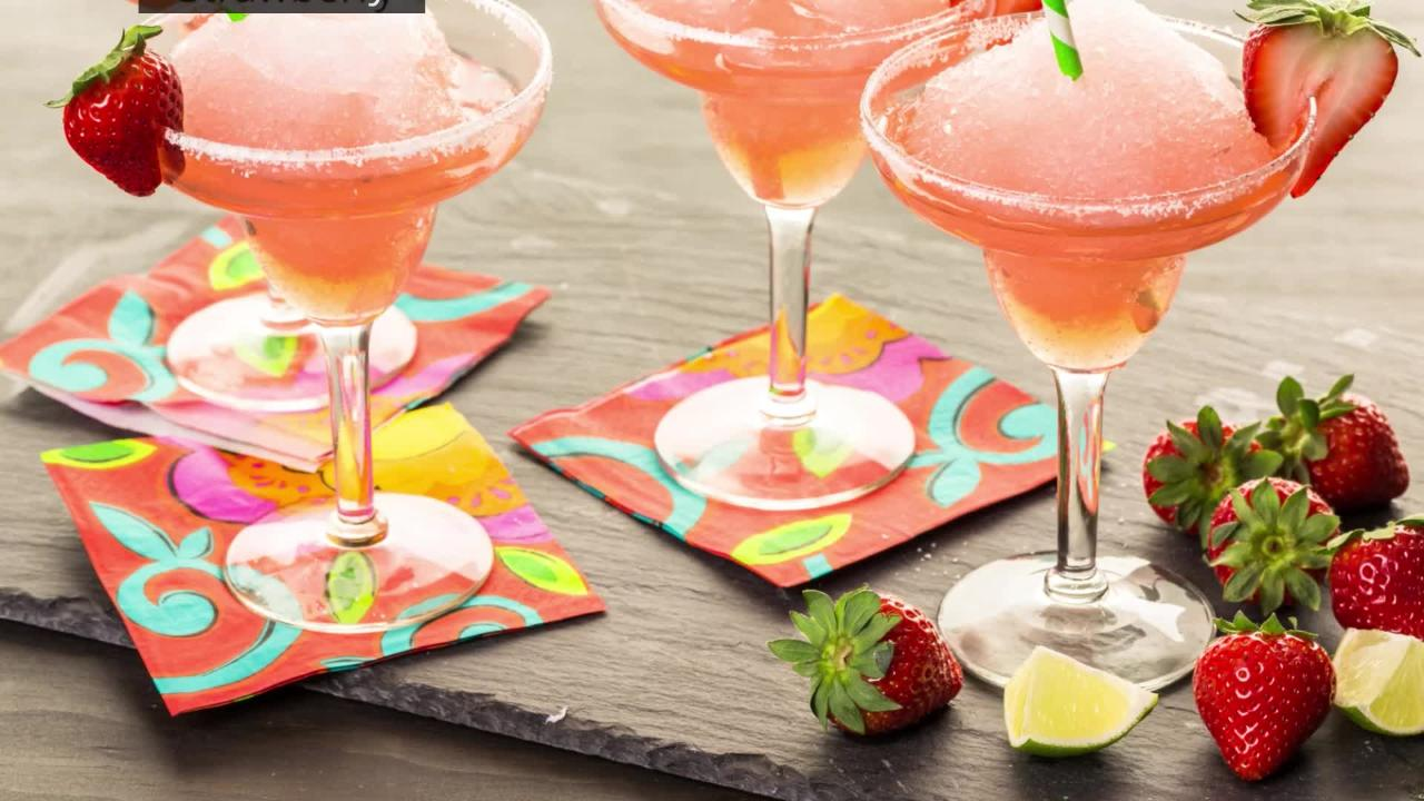 With National Margarita Day right around the corner, here are 22 deals in Phoenix for you to check out.