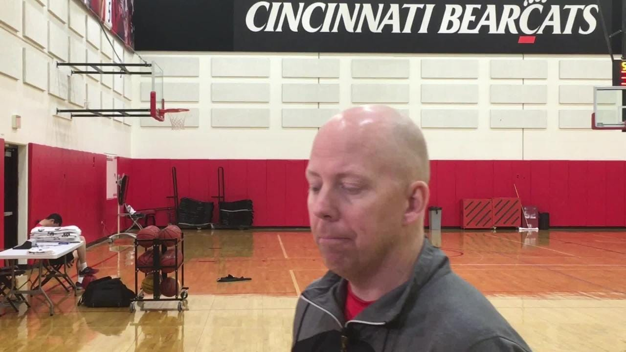 WATCH UC's Mick Cronin: Cumberland on Naismith list but not in NBA mock drafts