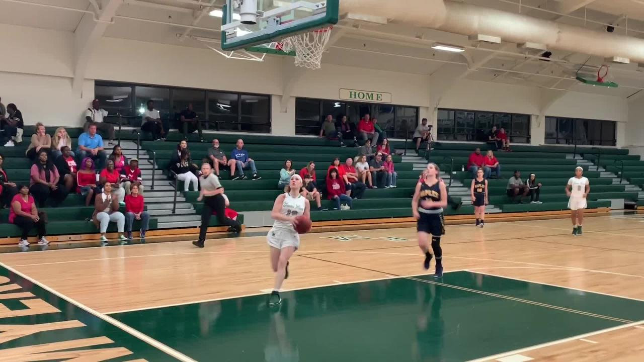 Chaniya Clark finished to lead five Fort Myers players who scored in double figures during a 68-22 victory over Naples in a Class 7A regional quarterfinal.