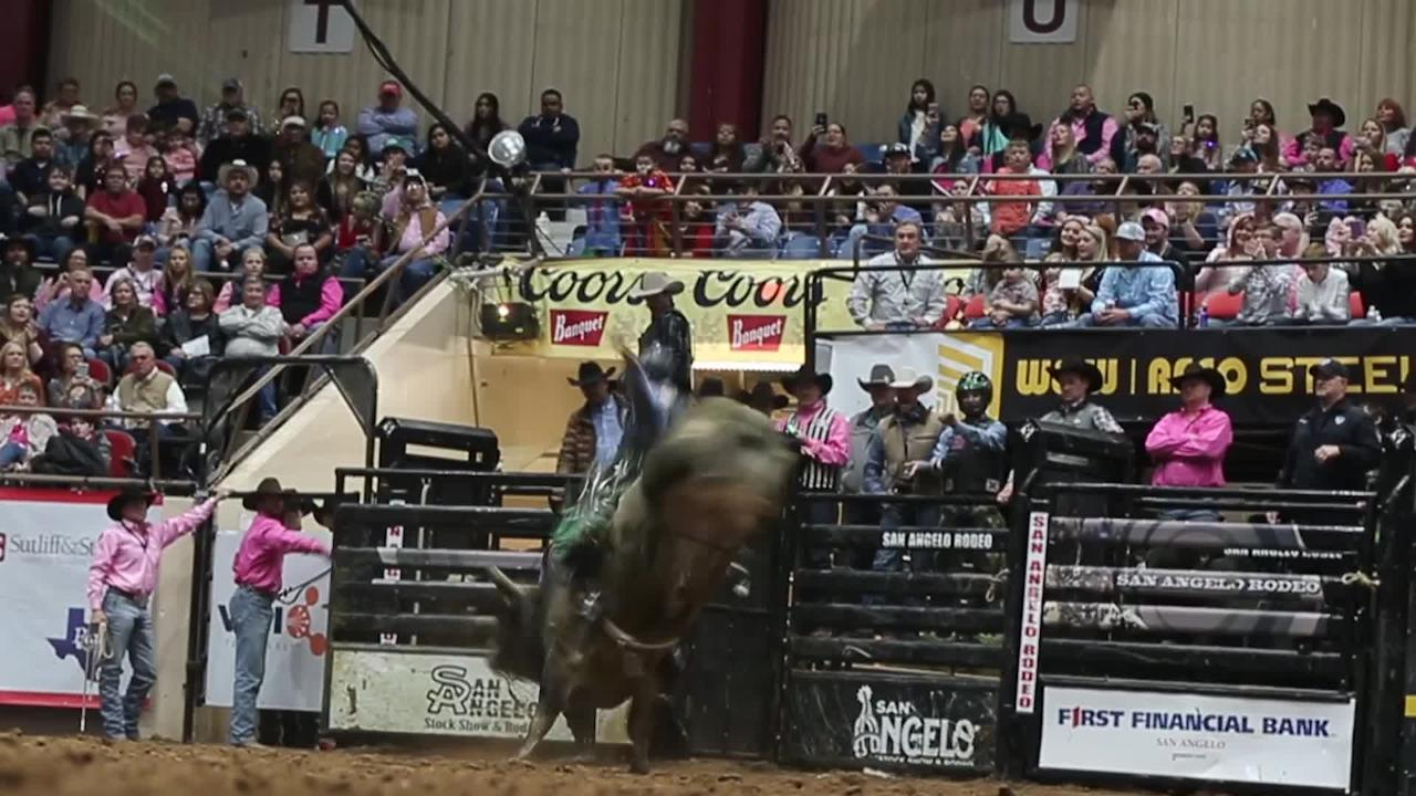 Jeff Askey takes legendary Hurricane Hustler for a spin for a 88 points Thursday, Feb. 14, 2019, at San Angelo rodeo.