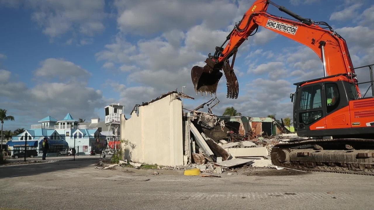 Fort Myers Beach building demolished to make room for Margaritaville Resort.