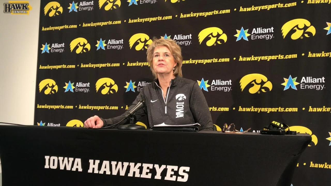 """Lisa Bluder on Megan Gustafson: """"She's going to have some great opportunities after she leaves here.'"""