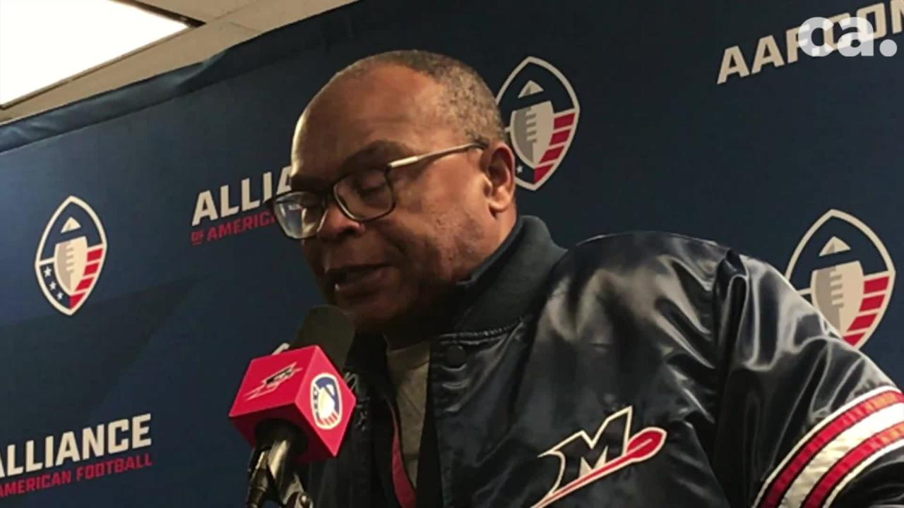 Memphis Express coach Mike Singletary addressed the media after Saturday's 20-18 loss to the Arizona Hotshots.