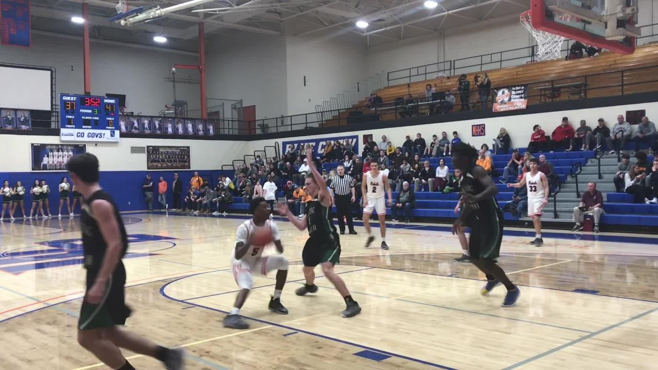 Watch Catholic defeat Maryville, 78-65, in the District 4-AAA tournament semifinals.