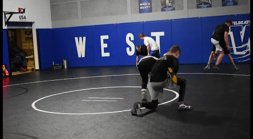 The Oshkosh West wrestling team had high expectations for this season. They finished second in conference and are sending five wrestlers to state.