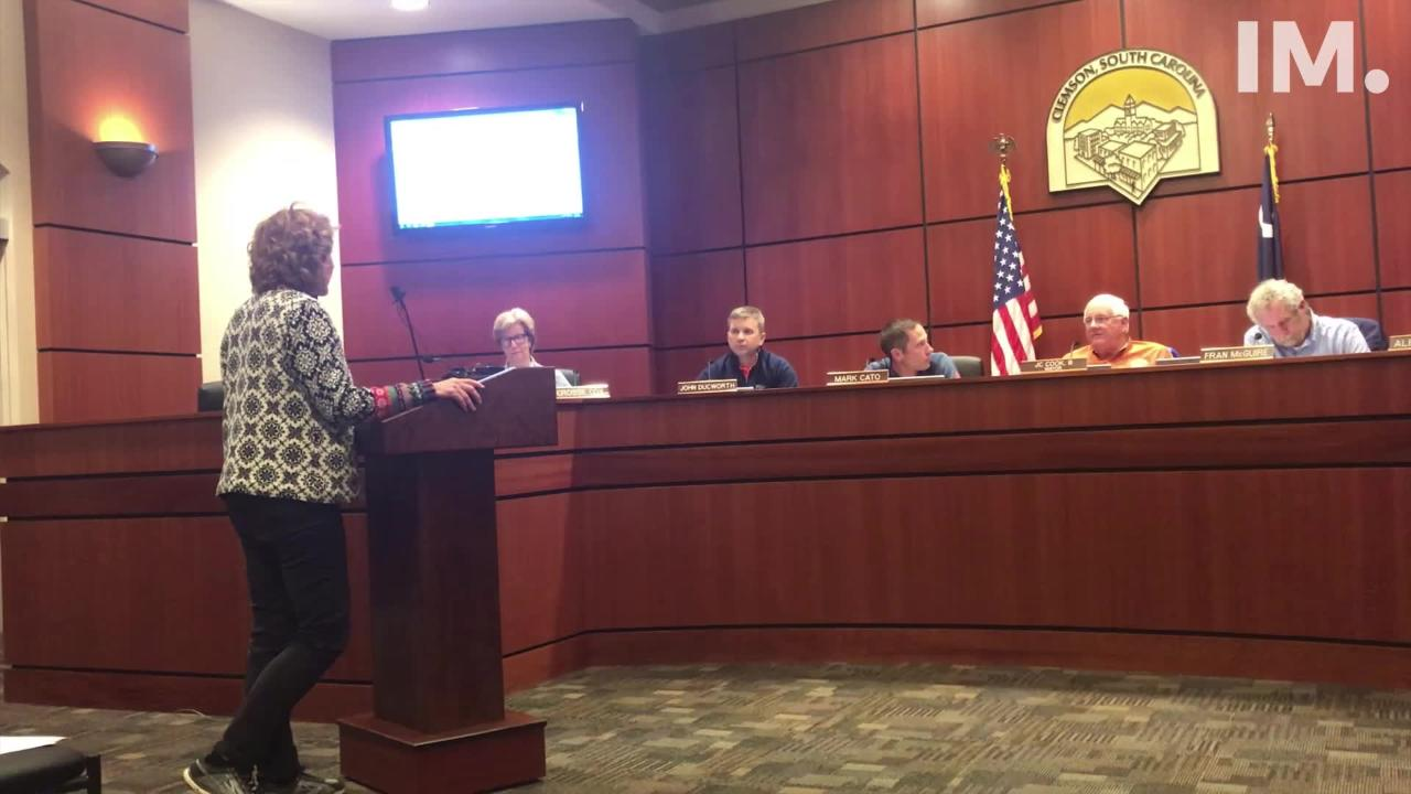 Clemson citizens voiced concerns over a Duke Energy substation on Monday. The city mayor said it was out of his hands.